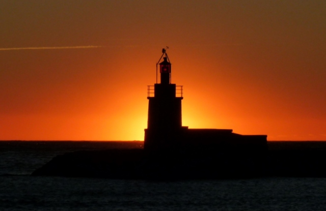 le phare du port de Sanary, le 18/01/12