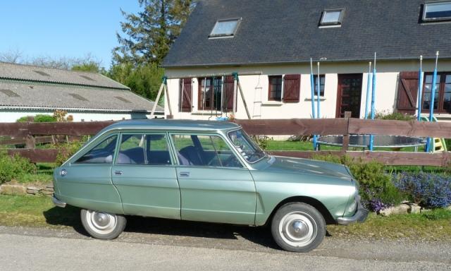 une Citroën Ami 8