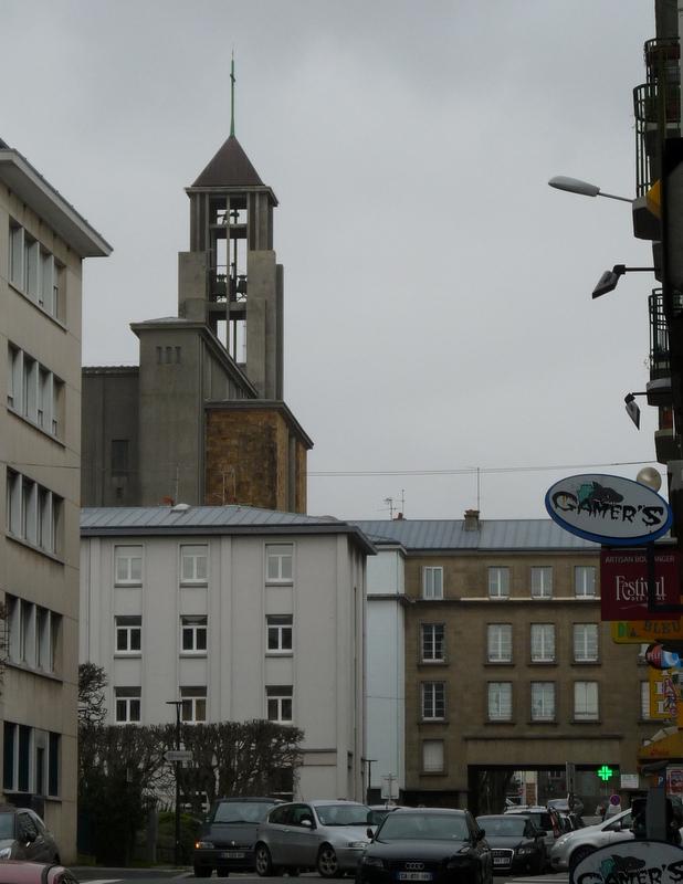 place liberté saint-Louis-Marc Sangnier (10)