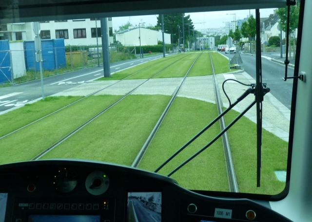 tram- (33)