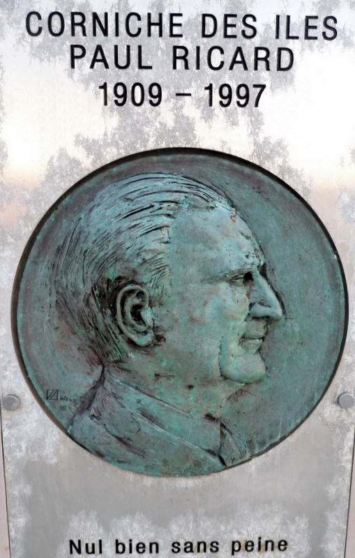 P1630689